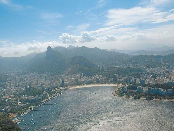 Rio de Janeiro mit dem Corcovado im Hintergrund