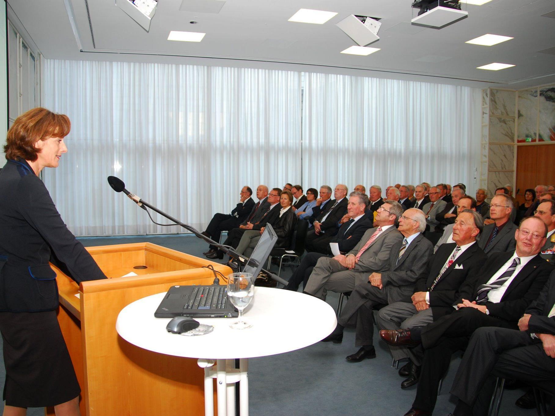 LTP Mennel konnte zahlreiche aktive und ehemalige Mitglieder des Landtags begrüßen.