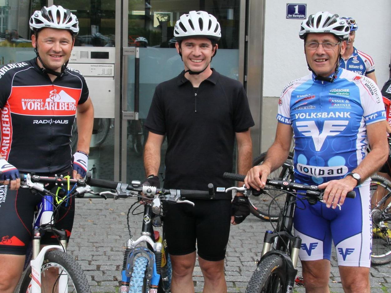 Radsportschule Rankweil-Gründer Max Kofler (r.) will seinen Job in andere Hände geben.