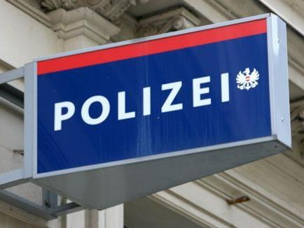 Die Polizei sucht nach Zeugen.