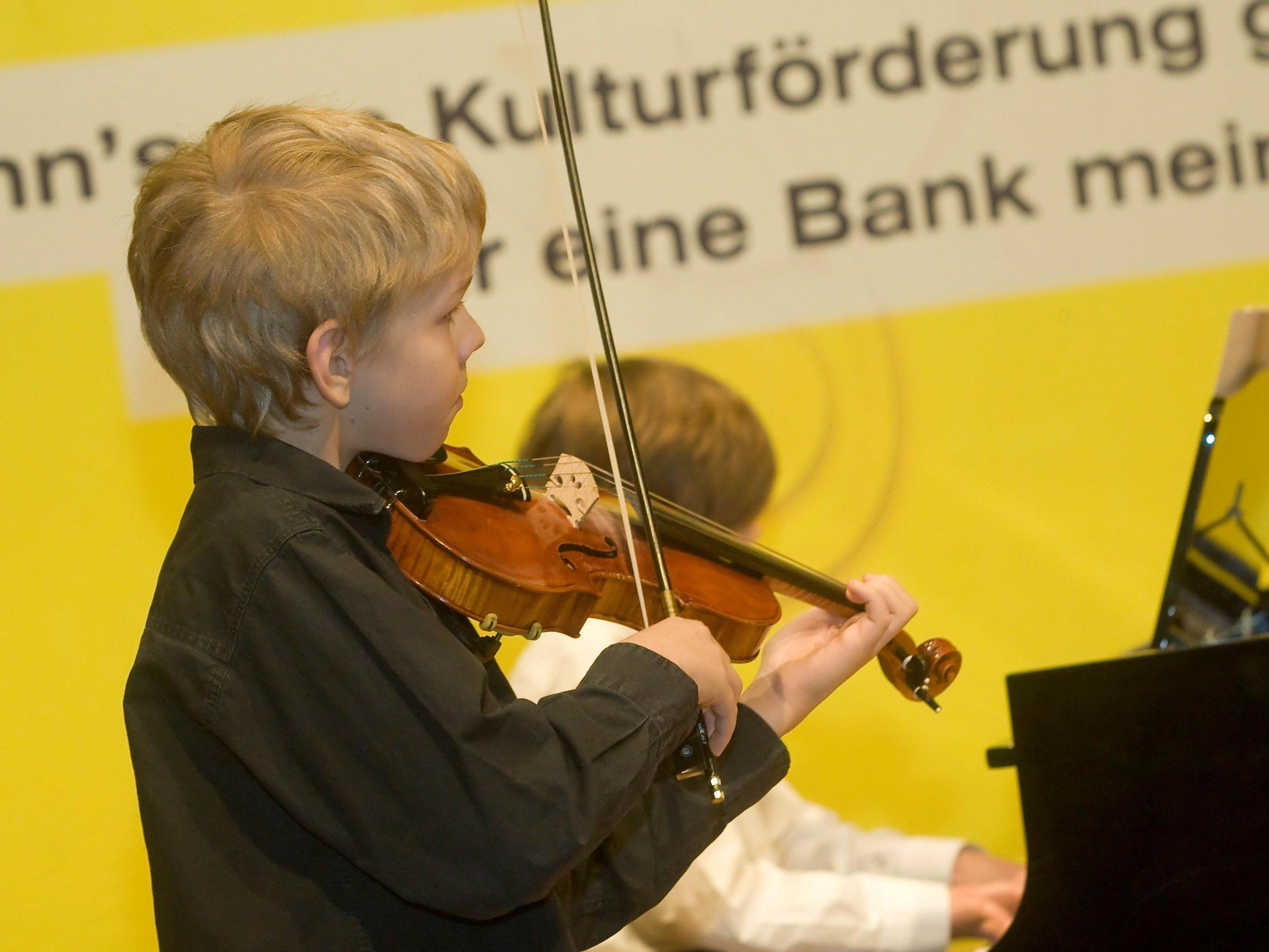 Nachwuchsmusiker stellen Können unter Beweis.