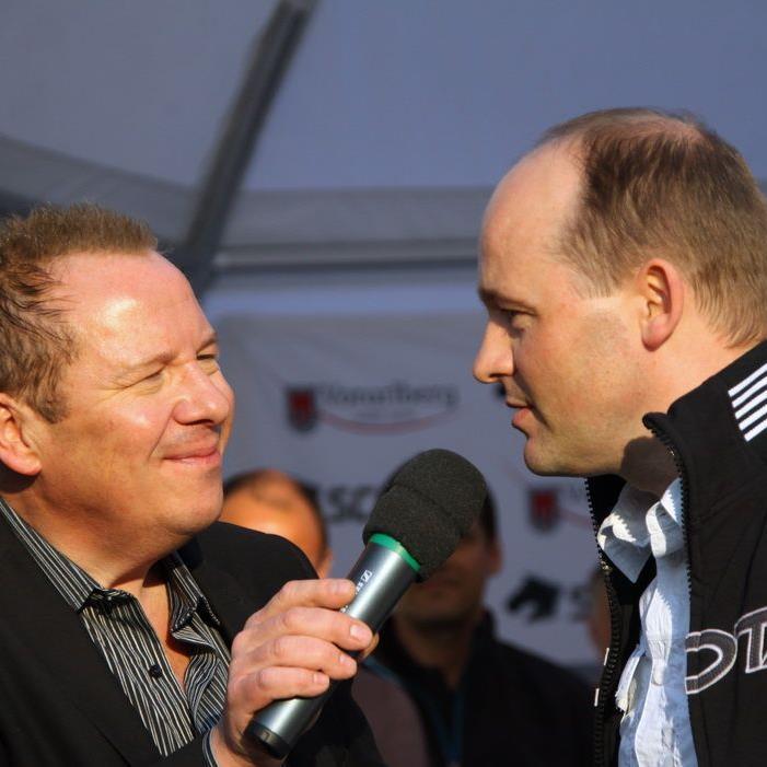 Manager Thomas Kofler im Gespräch mit Moderator Roberto Kalin.