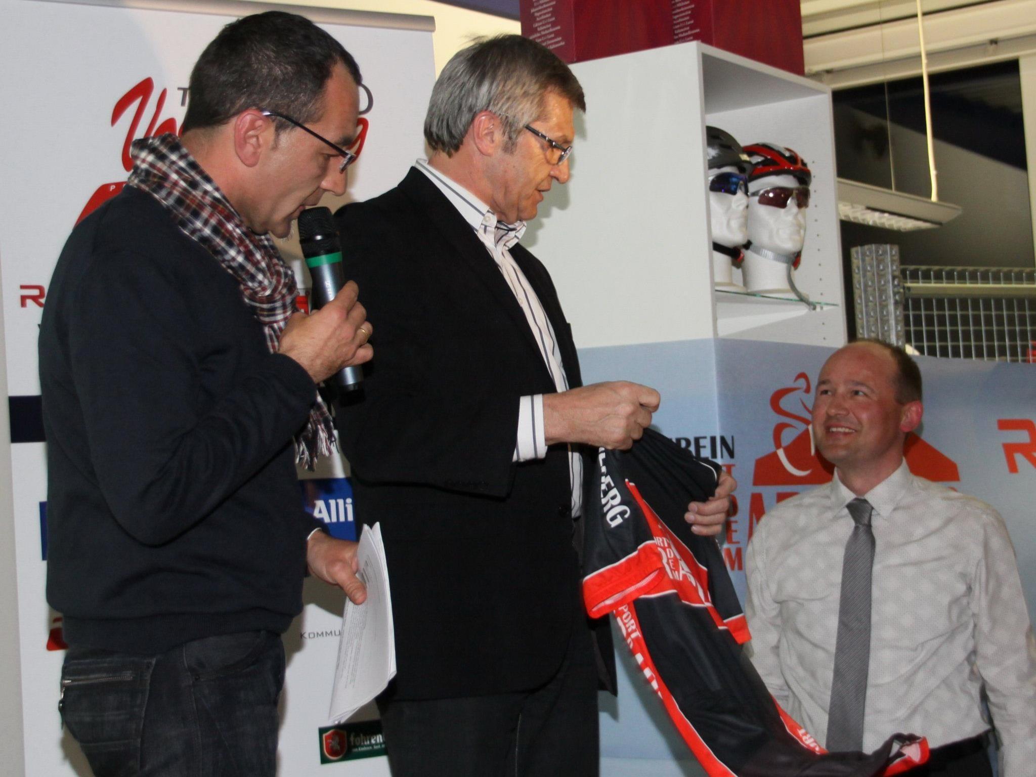 Team Vorarlberg Manager Thomas Kofler steht auf der Dornbirner Frühjahrsmesse Rede und Antwort.