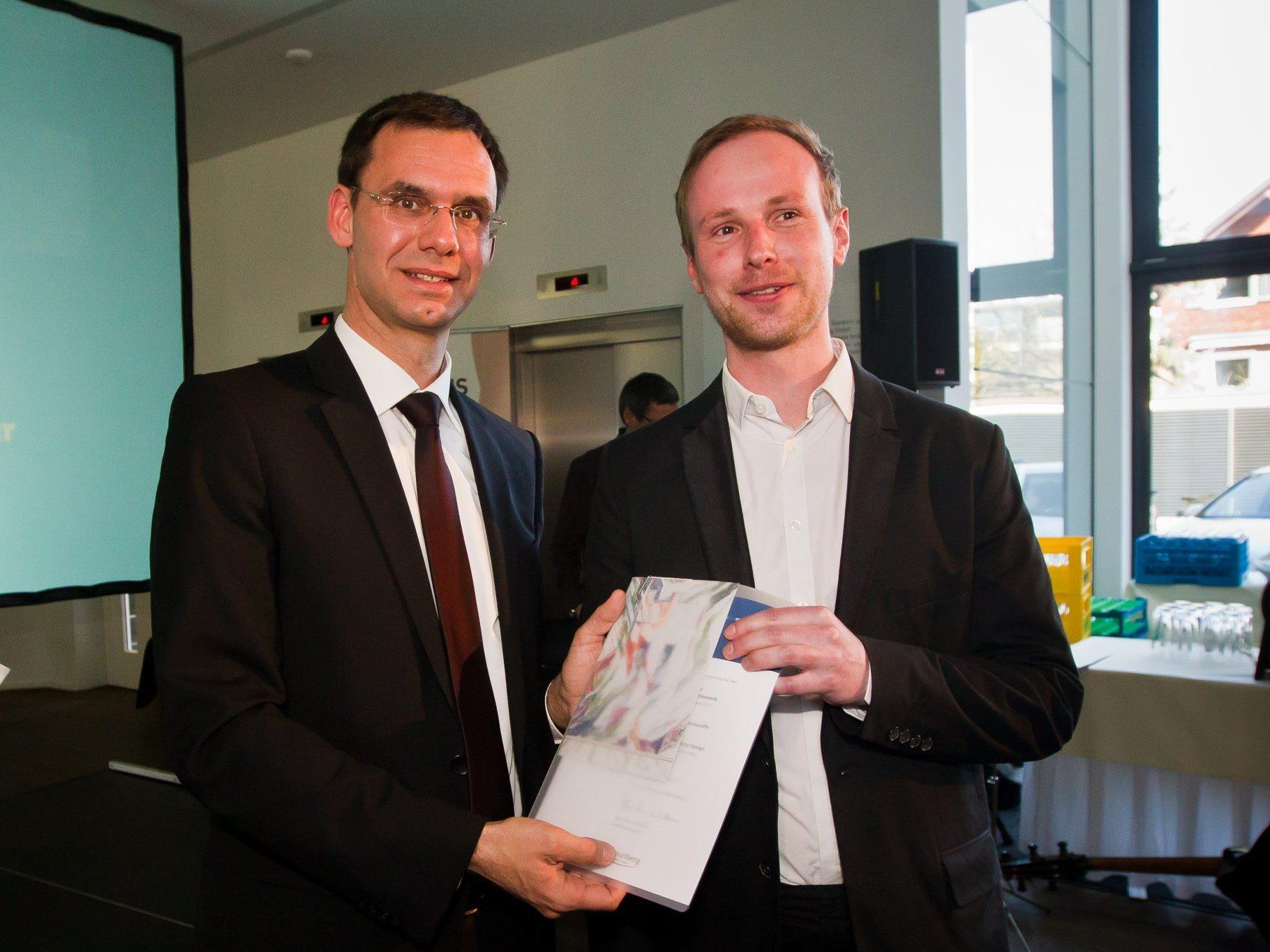 Hauptpreisträger Robert Rüf mit LH Wallner
