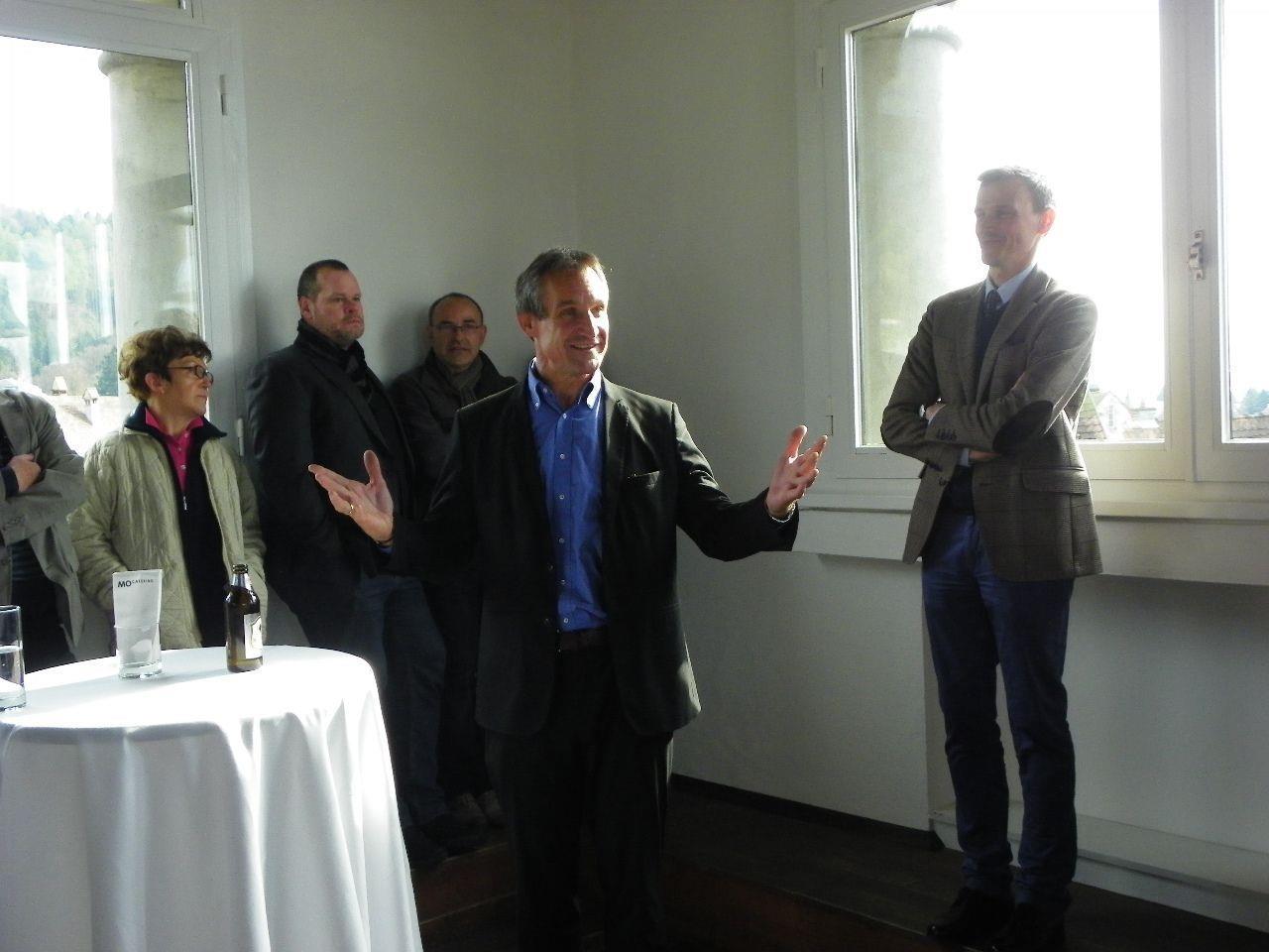 Bürgermeister Markus Linhart eröffnet die Ausstellung