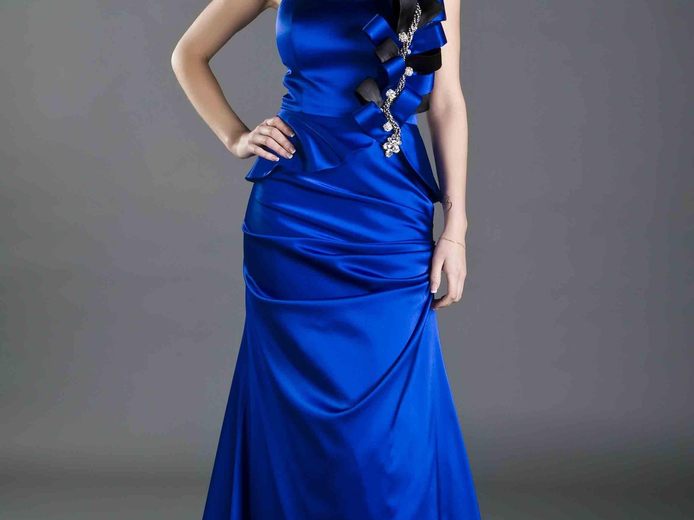 Lilia Kutlina für den Modekatalog von San Fiore in Istanbul