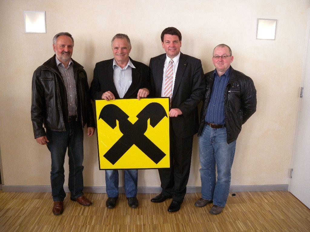 v.l.n.r. Wolfgang Walser, TS-Präsident Eckart Amann, Dir. Mag. Stefan Vetter und Wolfgang Maier