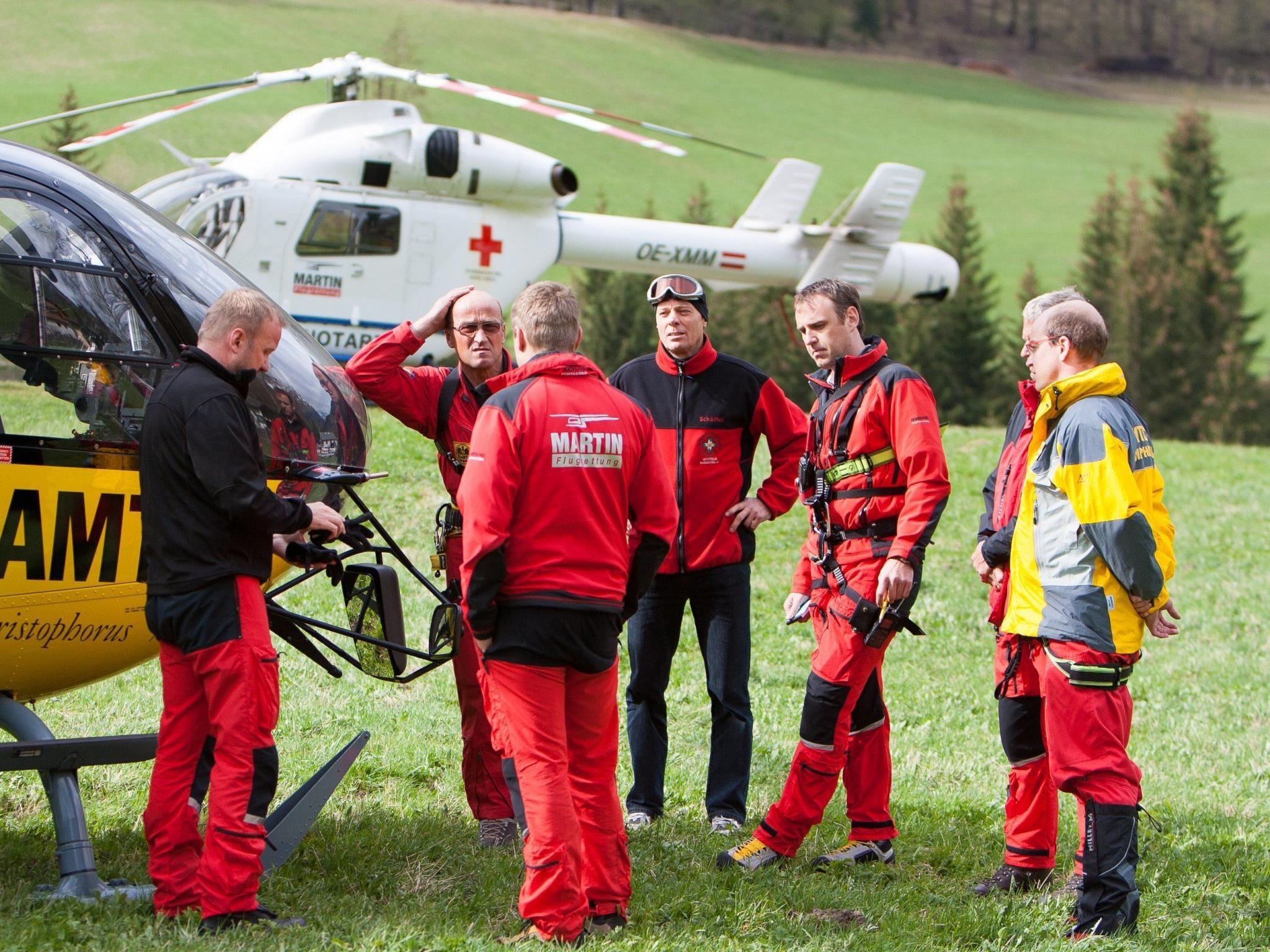 Bestürzung bei den Flugrettern im Tal nach dem tödlichen Unfall.