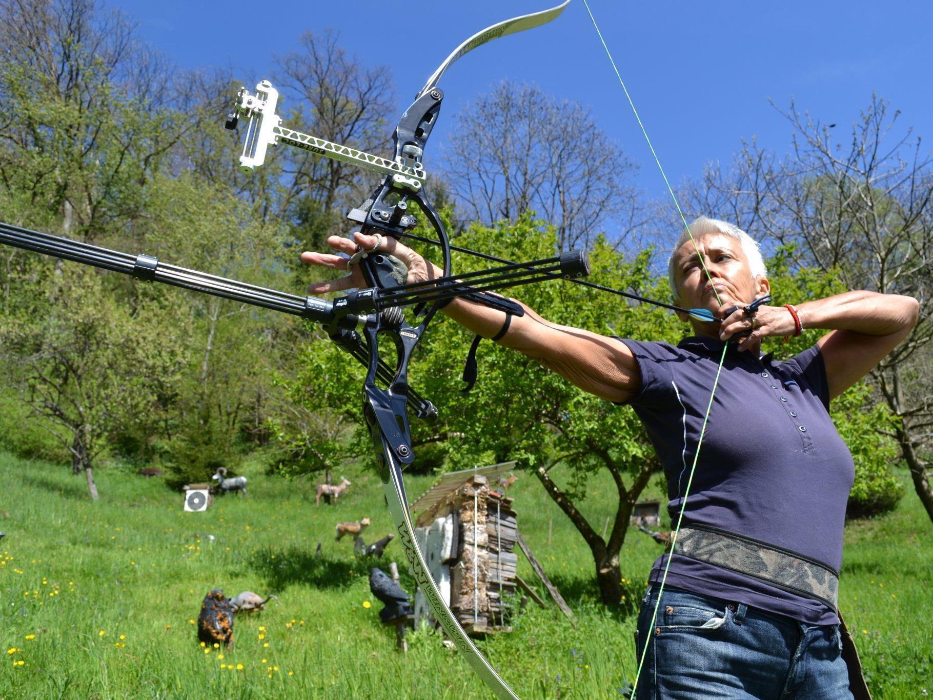 Doris Grubhofer ist Vizeweltmeisterin und zweifache Vizeeuropameisterin im Bogenschießen.