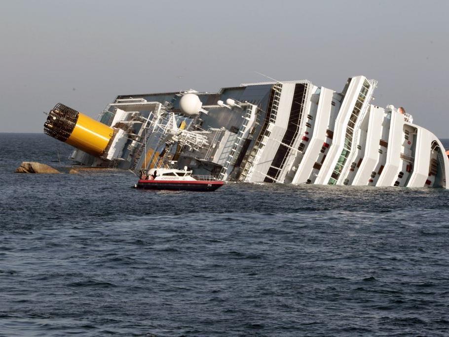 """Das Kreuzfahrtschiff """"Costa Concordia"""" havarierte am 13. Jänner vor der toskanischen Insel Giglio."""