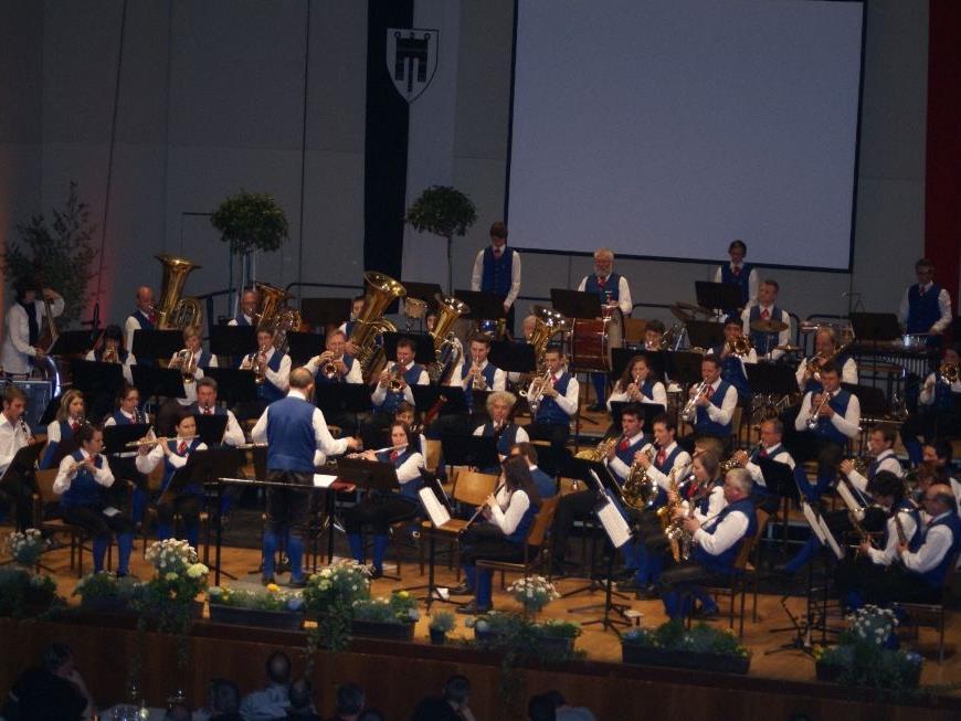 Die Stadtmusik Feldkirch verabschiedete sich für immer vom Montforthaus...