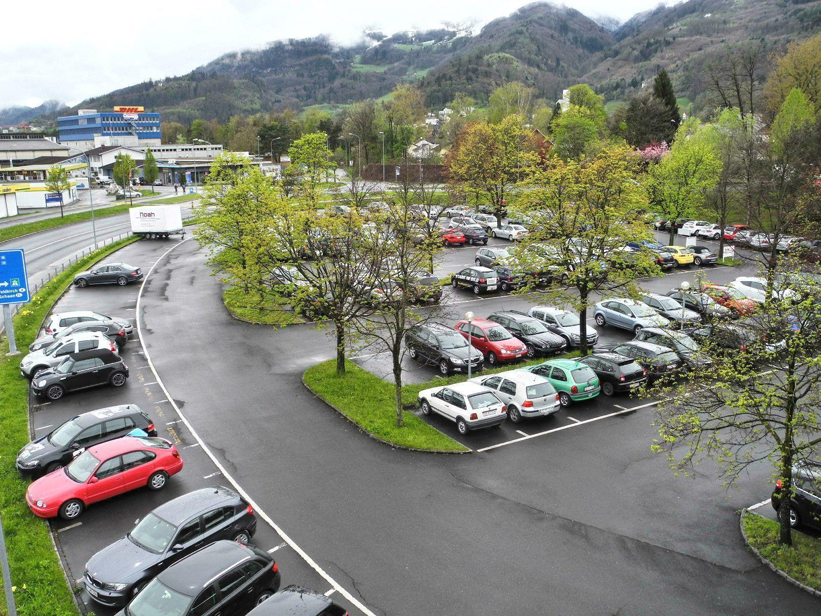 Die Gemeinde Buchs wünscht sich ein neues Parkhaus, eine Möglichkeit wäre die Überbauung des Rondelle beim Bahnhof sein
