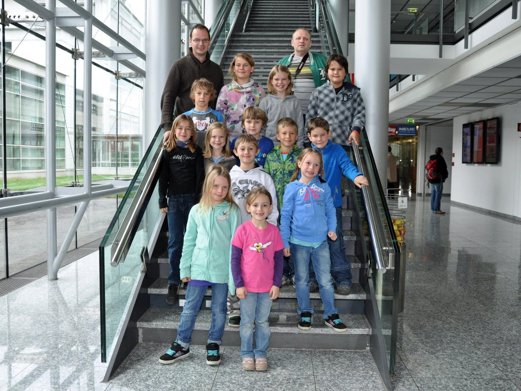 Die Schüler der VS Viktorsberg im Vorarlberger Medienhaus.