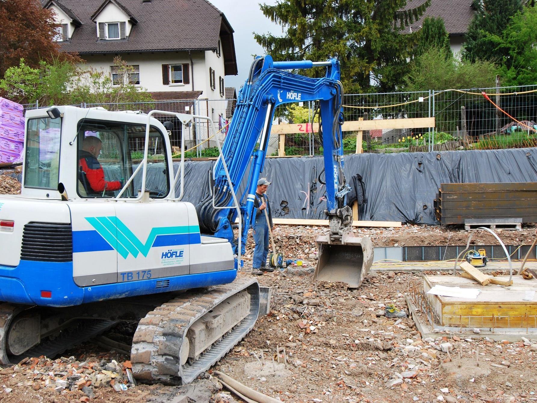 Mit dem Bau der Wohnanlage Eichbrunnen wurde begonnen