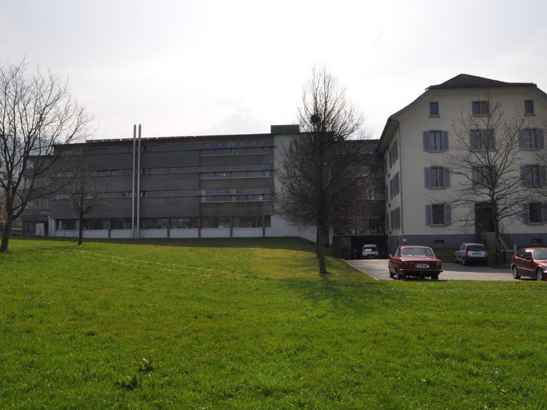 Hinter dem Sozialzentrum Josefsheim sollen acht bis zehn Wohnungen für Betreutes Wohnen entstehen.