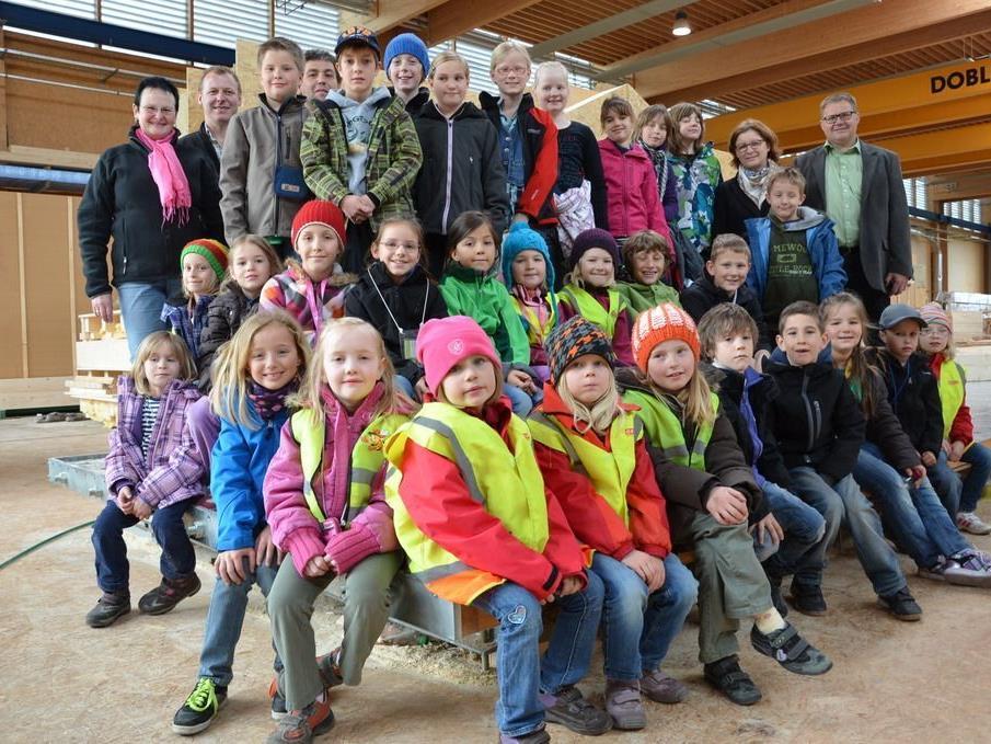Volksschule Laterns