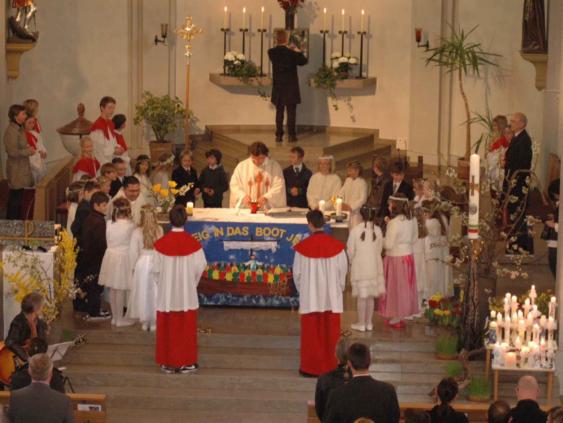 28 Kinder feierten in Sulz ihre erste Kommunion sehr feierlich!
