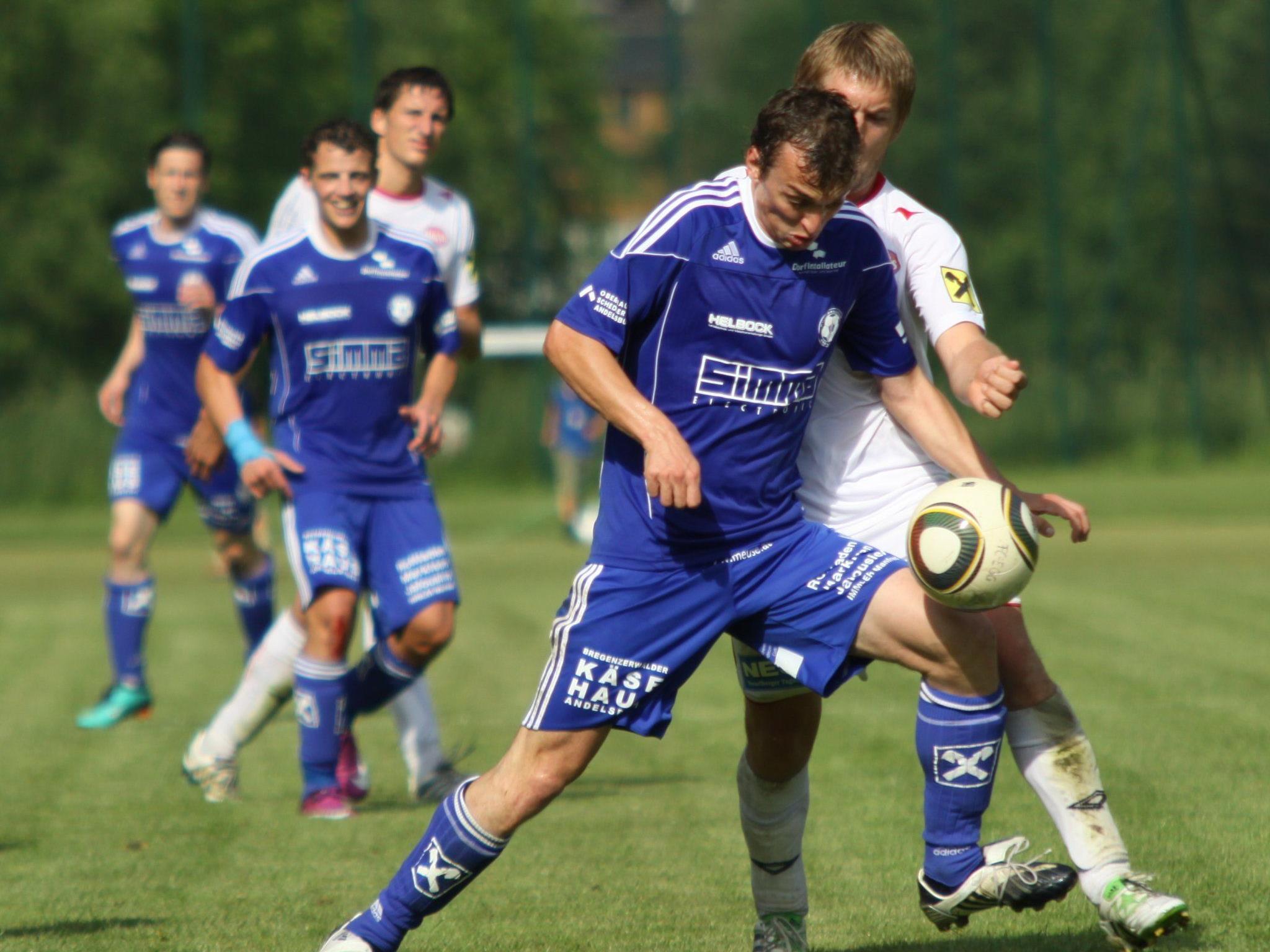 Rene von der Thannen erzielte per Foulelfmeter das Siegtor für Andelsbuch.