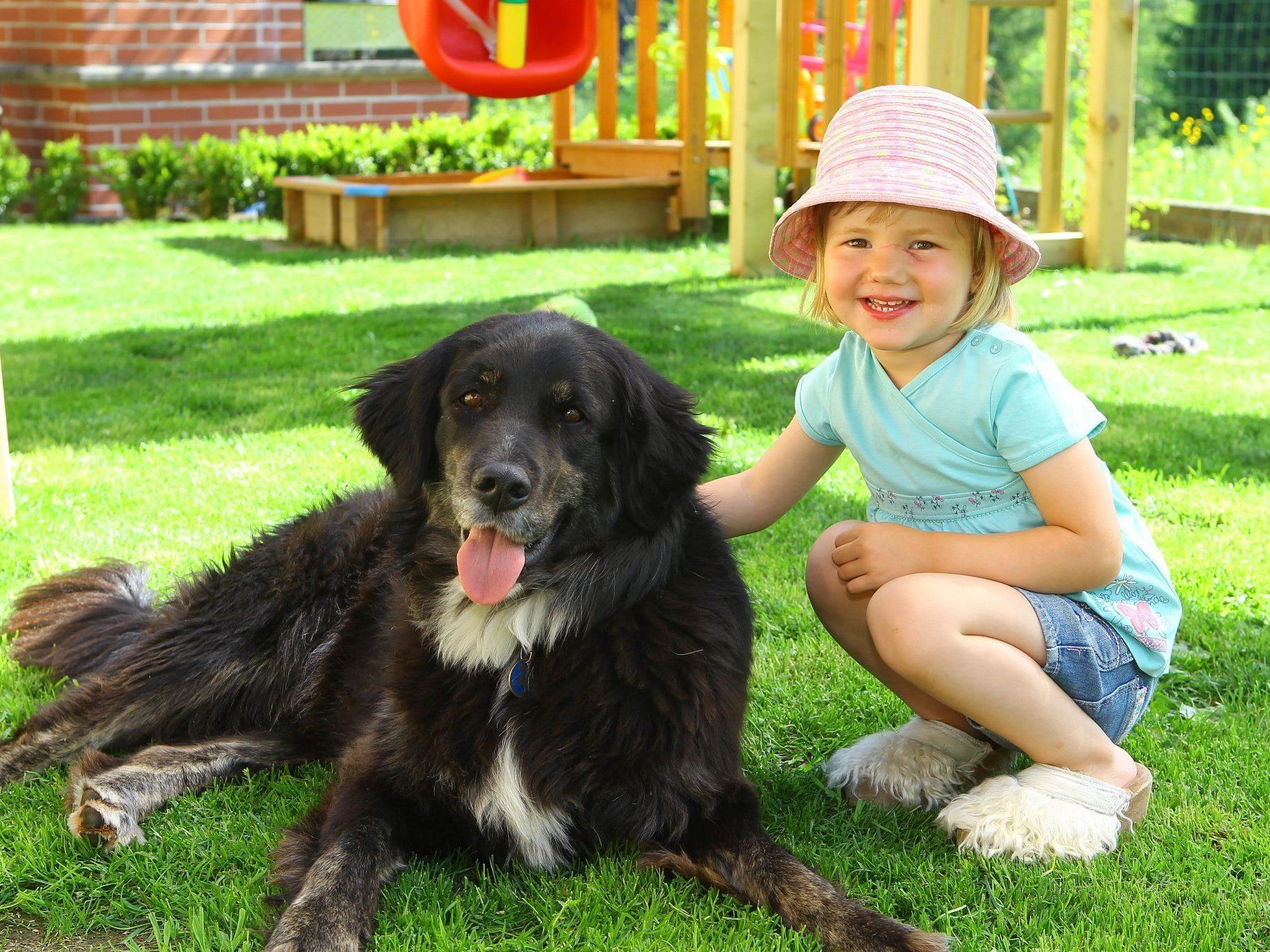 """Dabei mag Emely Hunde. Zu Hause ist """"Sam"""" ihr absoluter Liebling."""