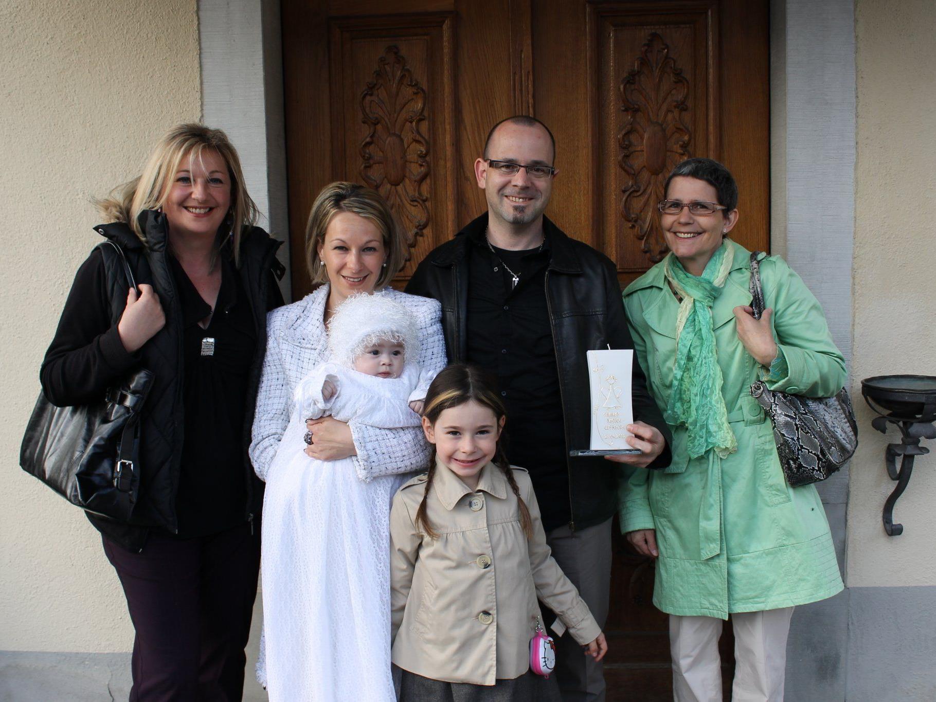 Emma Marie wurde in der Pfarrkirche getauft