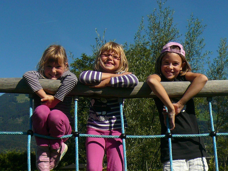 Fröhliche Kinder im Feriensommer 2011