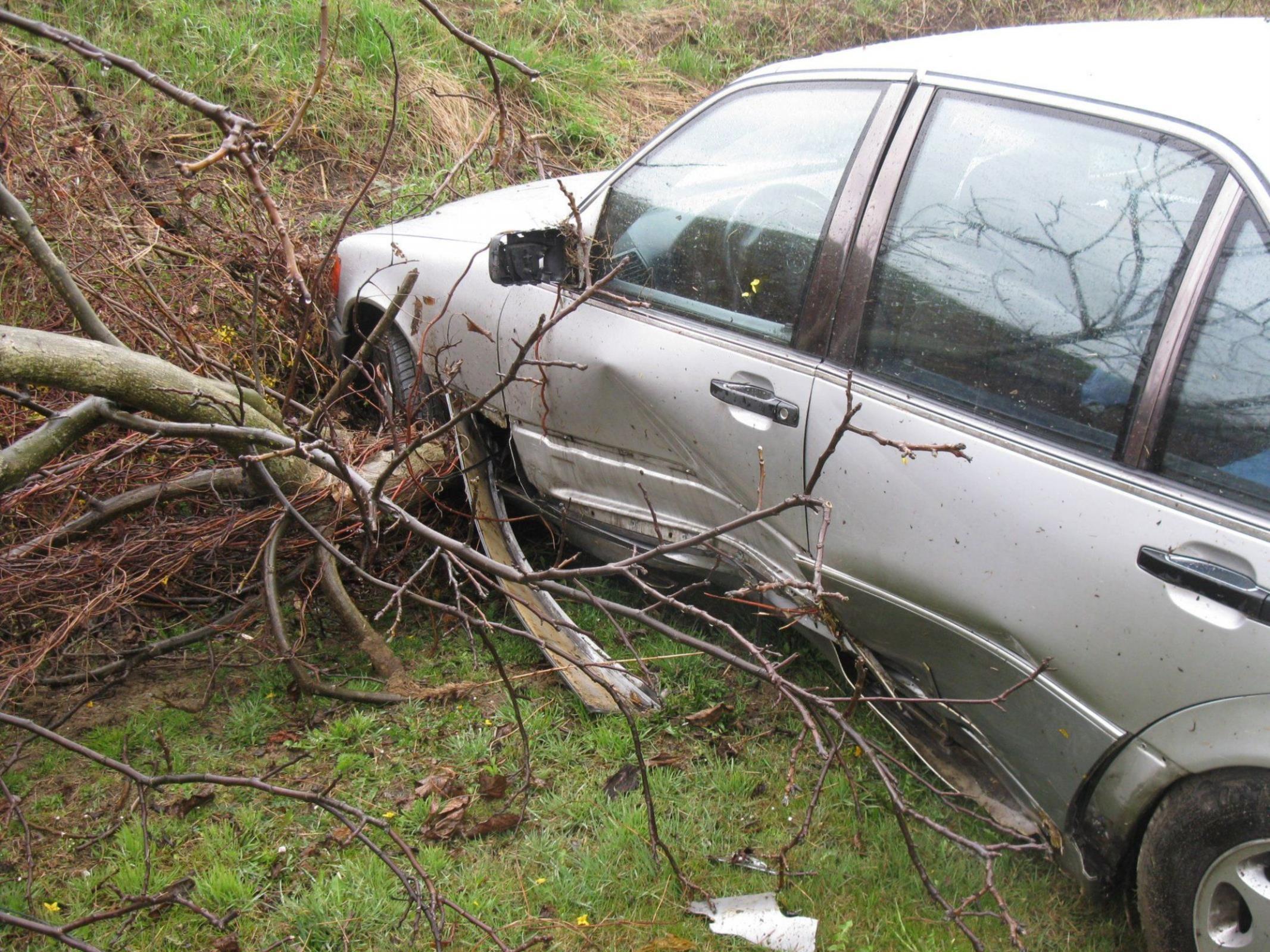 Glück im Unglück hatten die Insassen dieses Pkw in der Nähe von Niederrußbach