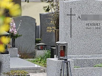 Gruselig: Die Toten werden jetzt exhumiert.