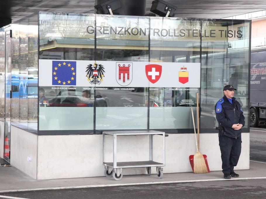 Der Mann wurde an der Grenze Schaanwald/Feldkirch-Tisis beim Transport des Heroins erwischt.