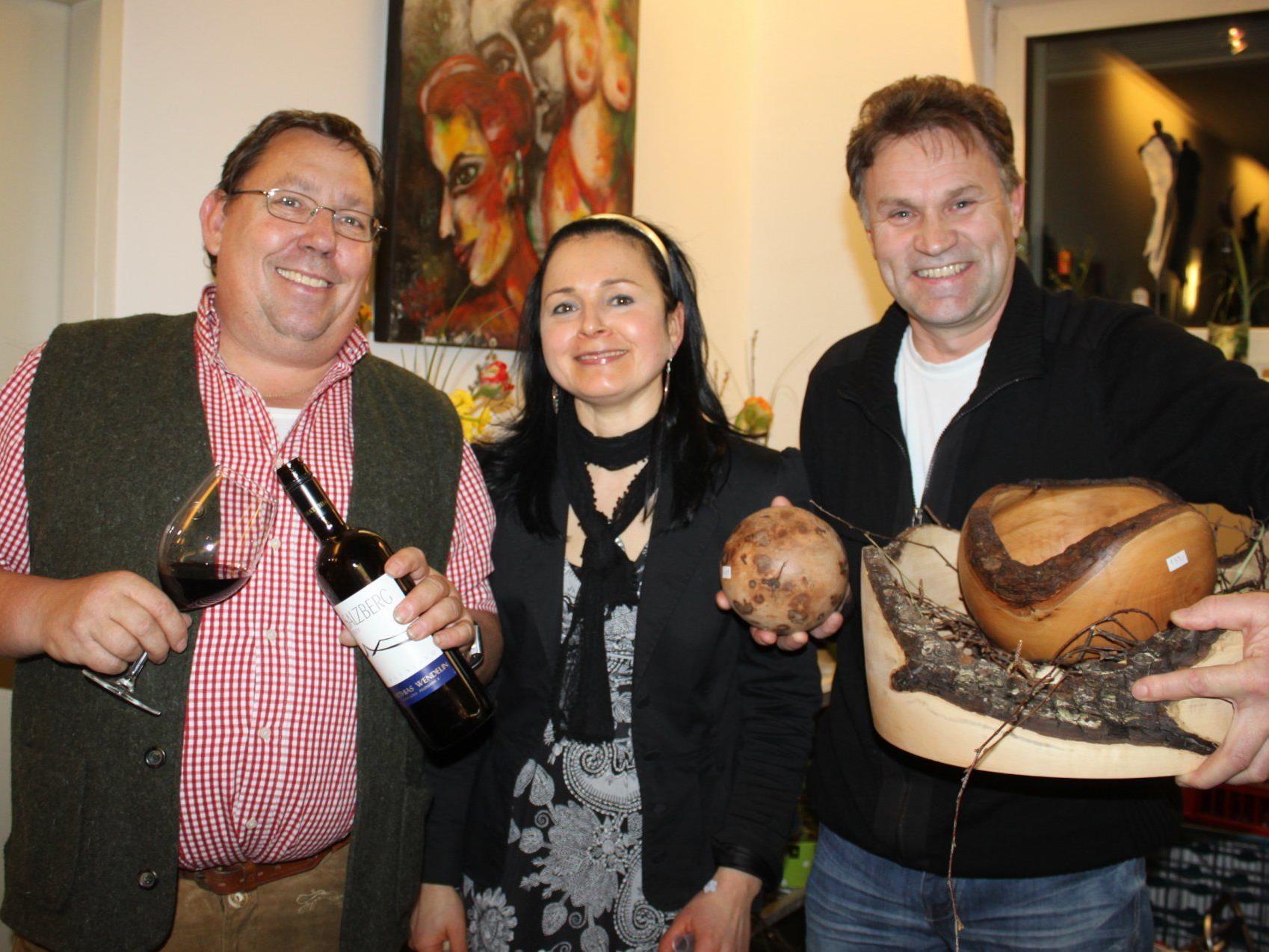 Helmut Winkler (Weindegustation), Veronika Matt (Floristische Blumendekorationen) und Erich Sohler (Holzdekorationen).