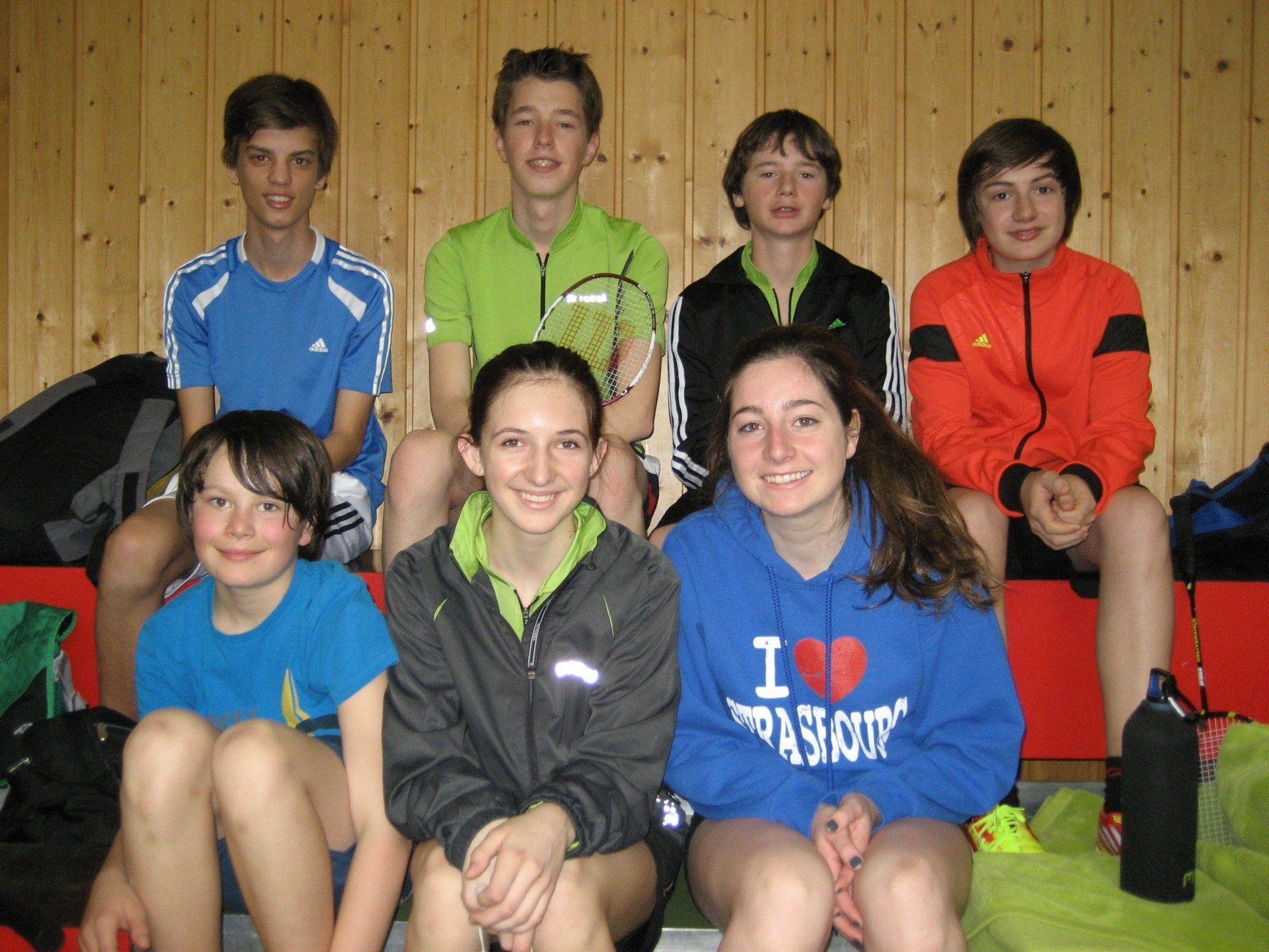 Alle Teilnehmer des BC Nüziders bei der Jugend-Landesmeisterschaft
