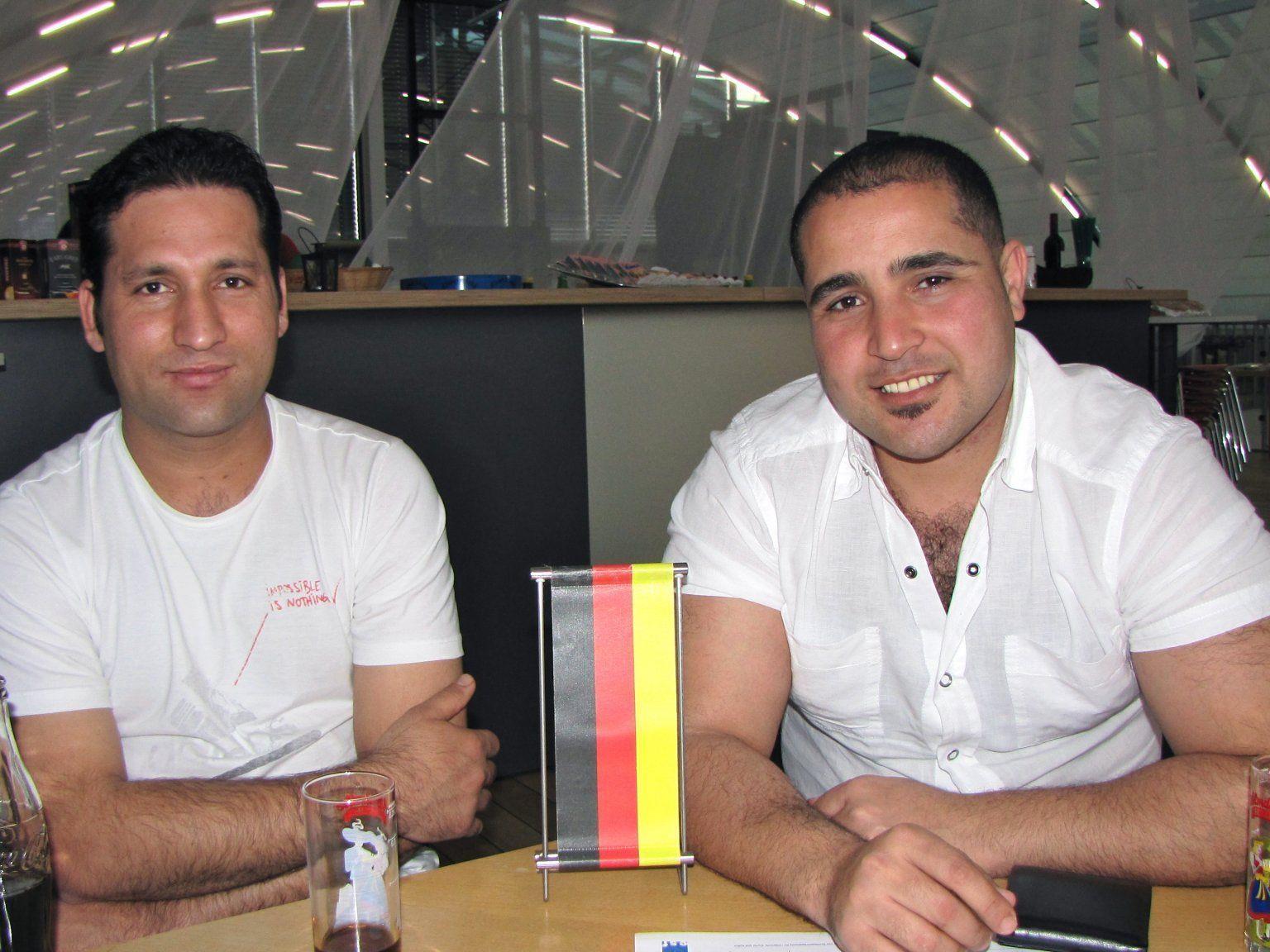Ahmed aus Ägypten und Zabihullah aus Afghanistan lernen fleißig Deutsch zu sprechen