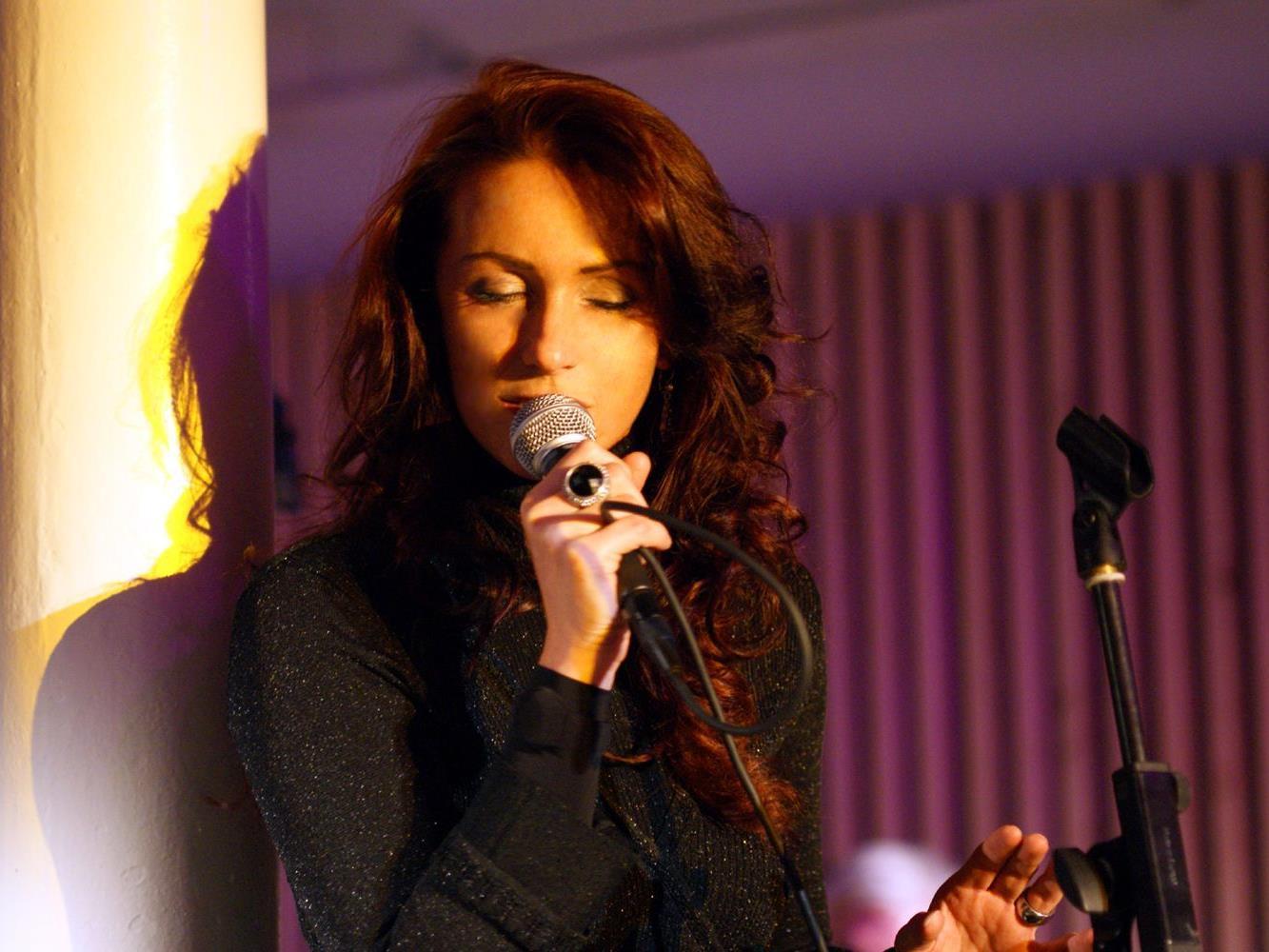 Suzie Lucas und Jackys Jazzcritters live in Nenzing.