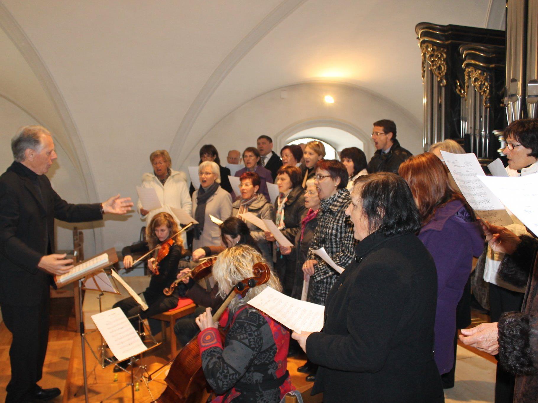 Kirchenchor St. Sebastian begeisterte bei der Festmesse
