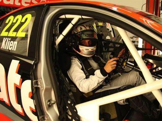 Christian Klien in einem V8 Supercar in Australien.