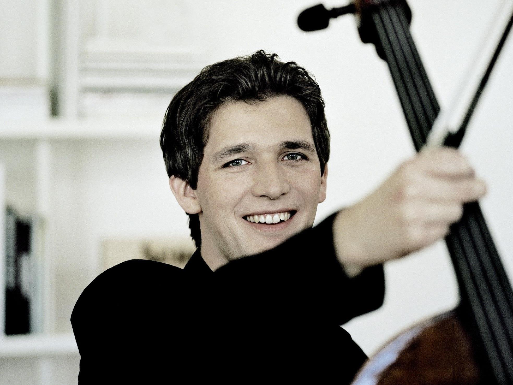Maximilian Hornung begeisterte mit Dvoráks Cellokonzert im Montforthaus.