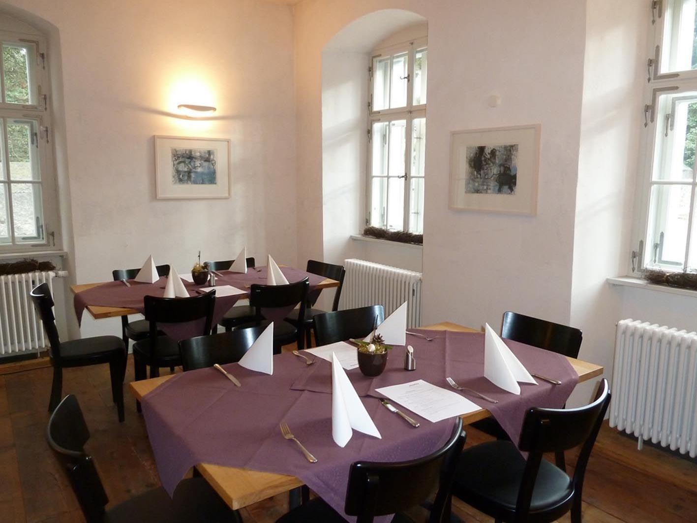 """Weindegustation im Resturant """"Moritz"""" mit Winzer Alex Schreiner aus Gols am Samstag, den 21. April."""