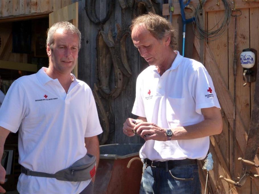 Rotkreuz Flomarkt mit Erich und Tone