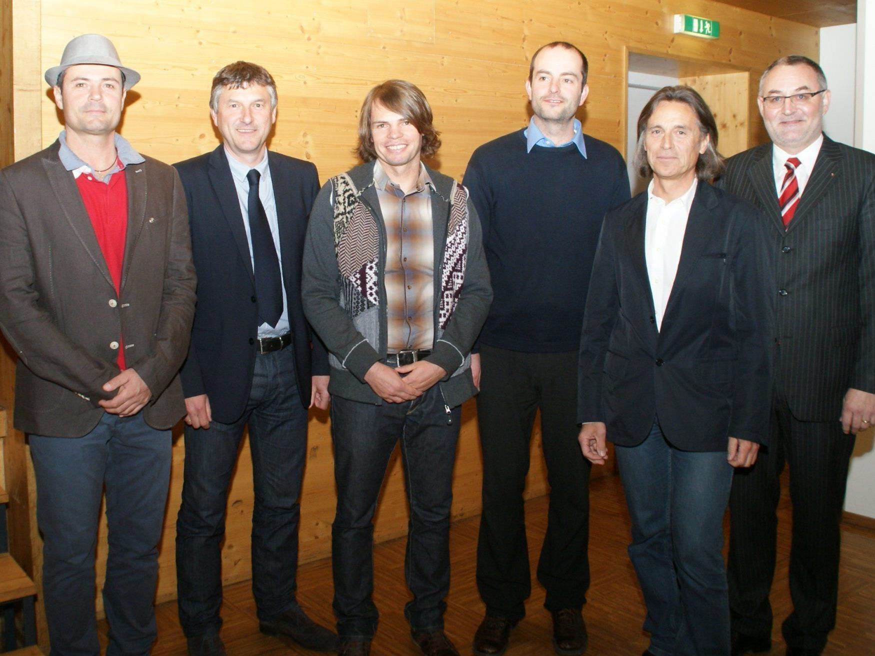 Die Podiumsteilnehmer von links nach rechts: Martin Steiner, Manfred Brunner, Christoph Mennel, Markus Berchtold, Rudolf Rüscher und Rainer Gögele