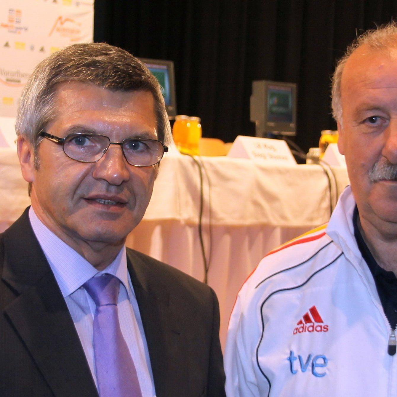 Sport Landesrat Siegi Stemer kann Spanien Teamchef Del Bosque wieder im Montafon begrüßen.