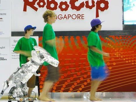 Beim RoboCupJunior treffen sich Jungprogrammierer aus ganz Europa