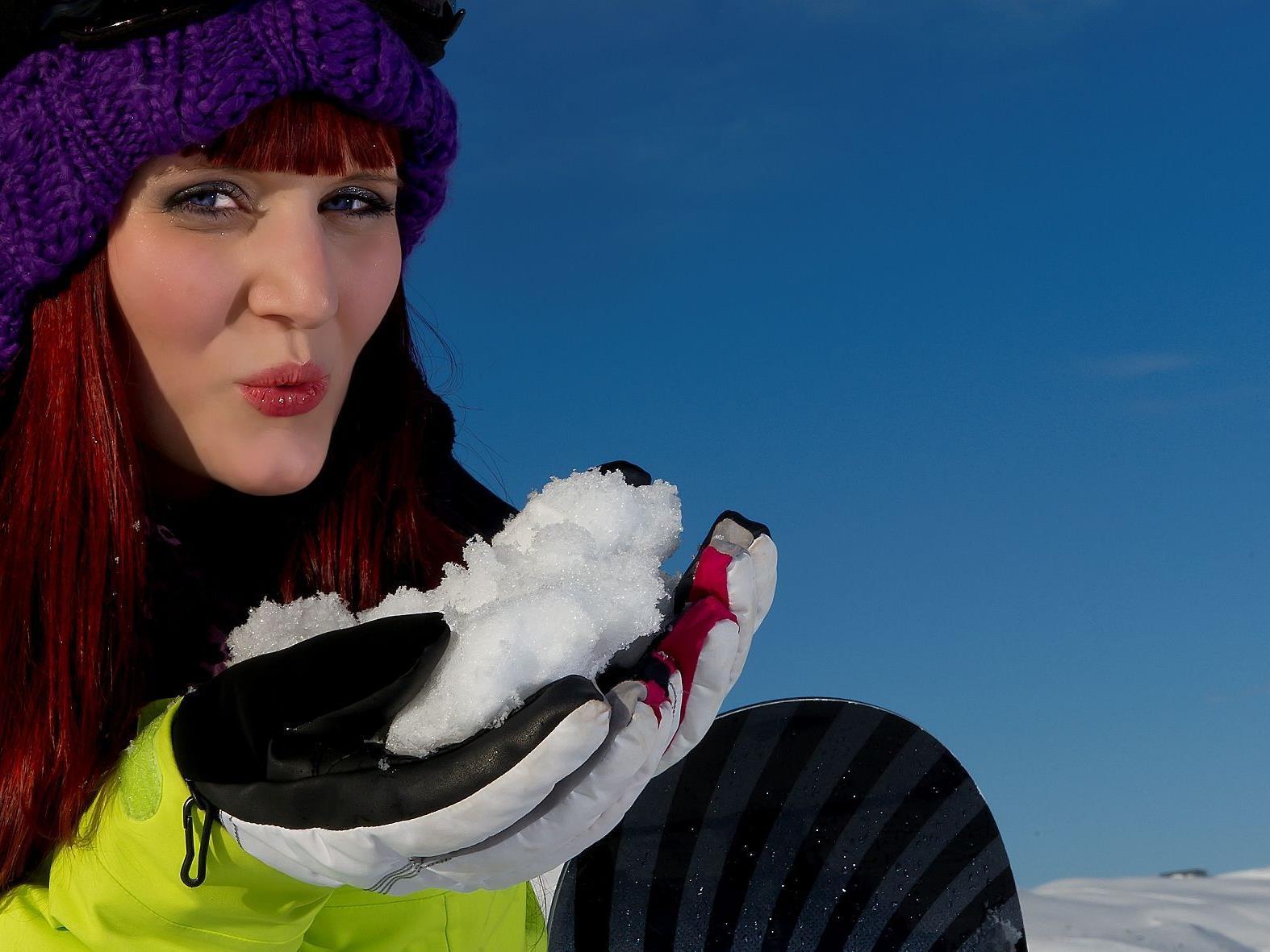 Die Damülser Schneekönigin Jacqueline Pichler lädt ein zum Saisonsfinale ins Schneereich Damüls
