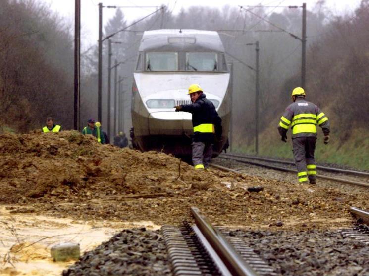 Der in den Unfall verwickelte Zug konnte die Fahrt nicht fortsetzen