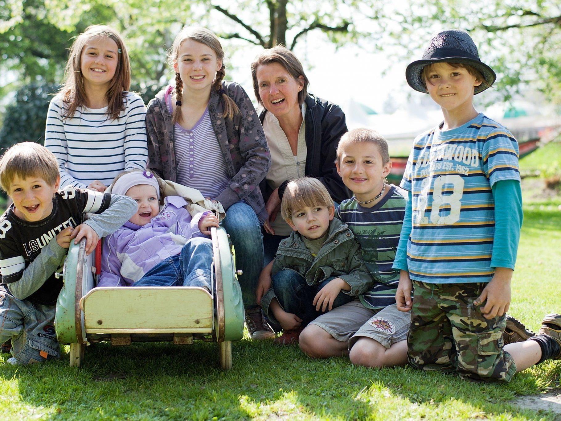 Im familiären Umfeld der Tagesmutter fühlen sich die Kinder wohl