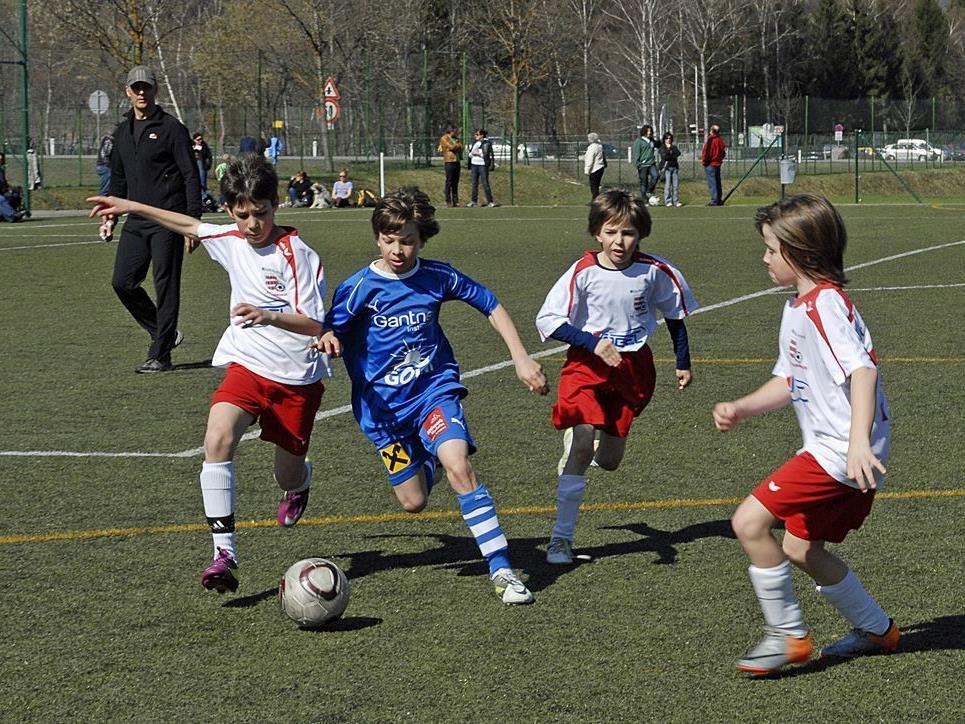 Vorbereitungsspiel der SPG Montafon U12 gegen den FC Thüringen U12 am 31. März 2012 in Schruns