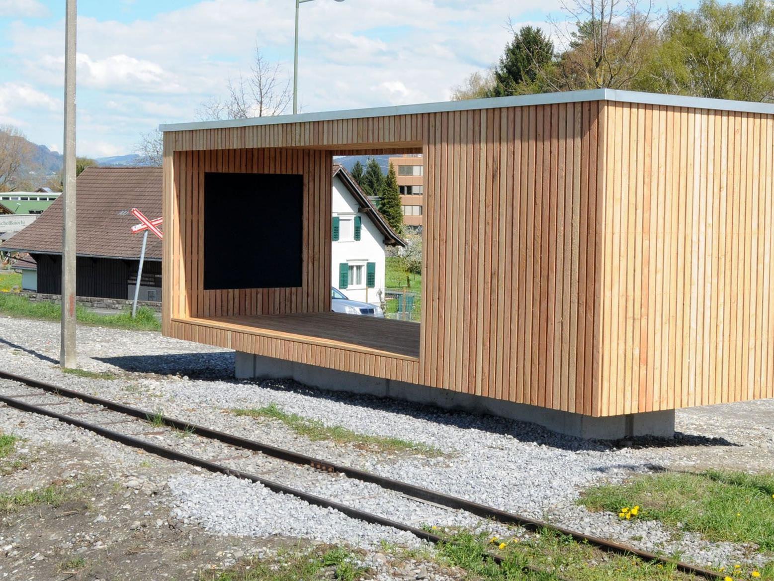 Die neue Pegelmessstation neben der Rheinbrücke Lustenau Höchst-Brugg