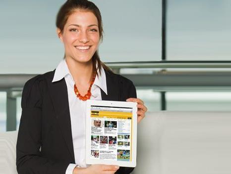 Auch Miss Austria 2012 Amina aus Bludenz informiert sich auf VOL.AT.