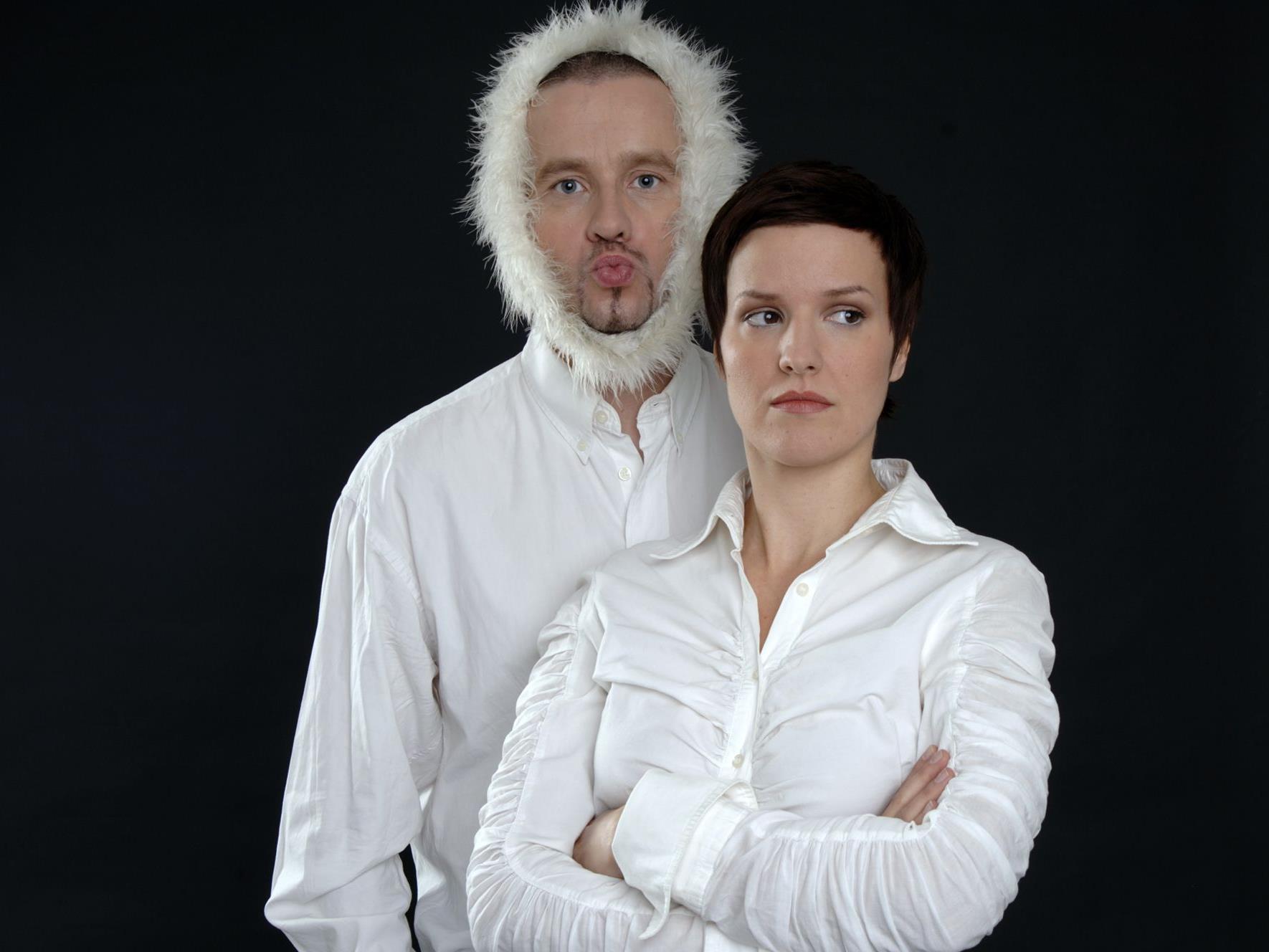 Das Duo Boa Boa musiziert in Nüziders.