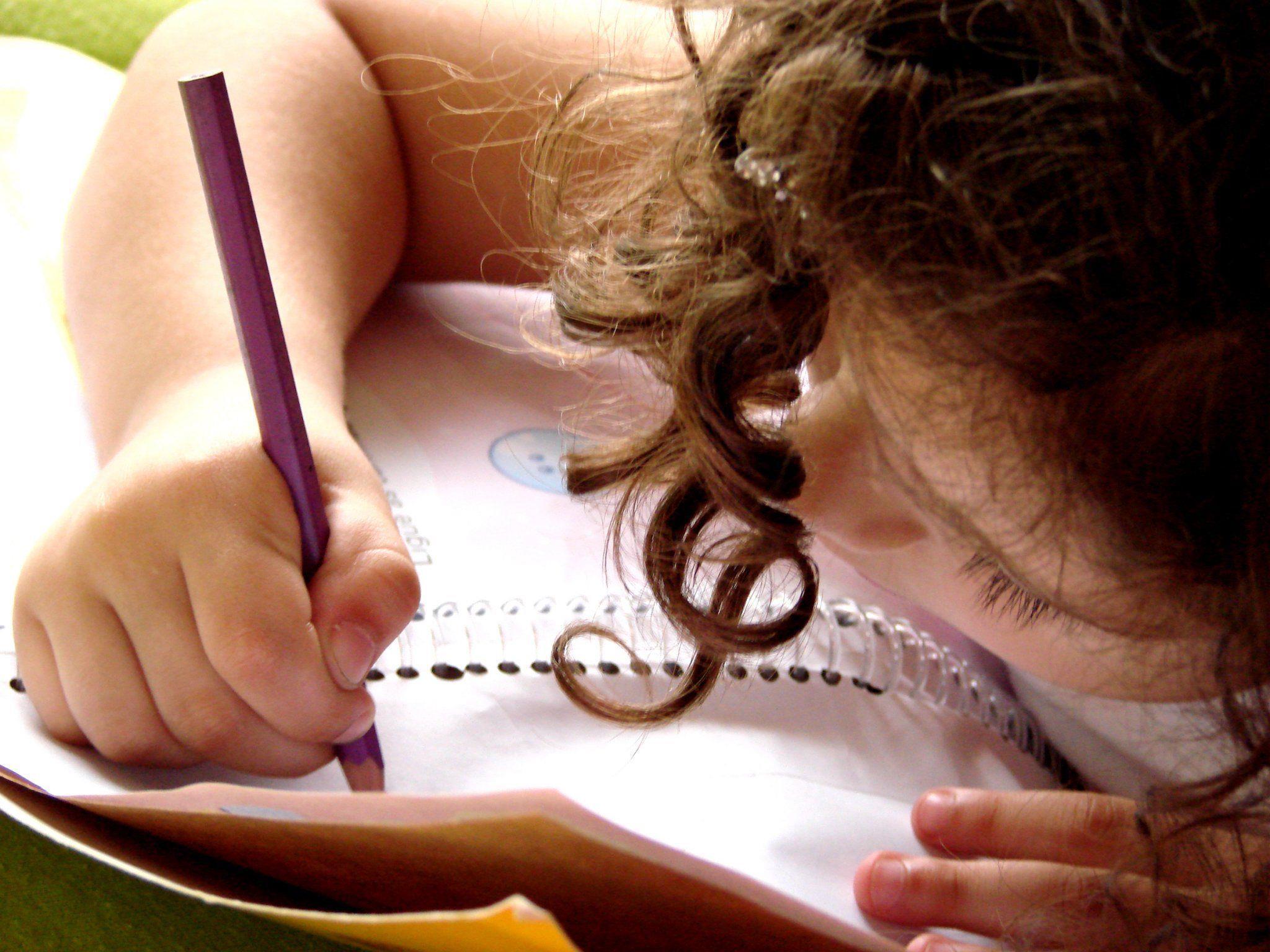 Kleines Genie: Vierjährige als jüngstes Kind in britische Mensa aufgenommen