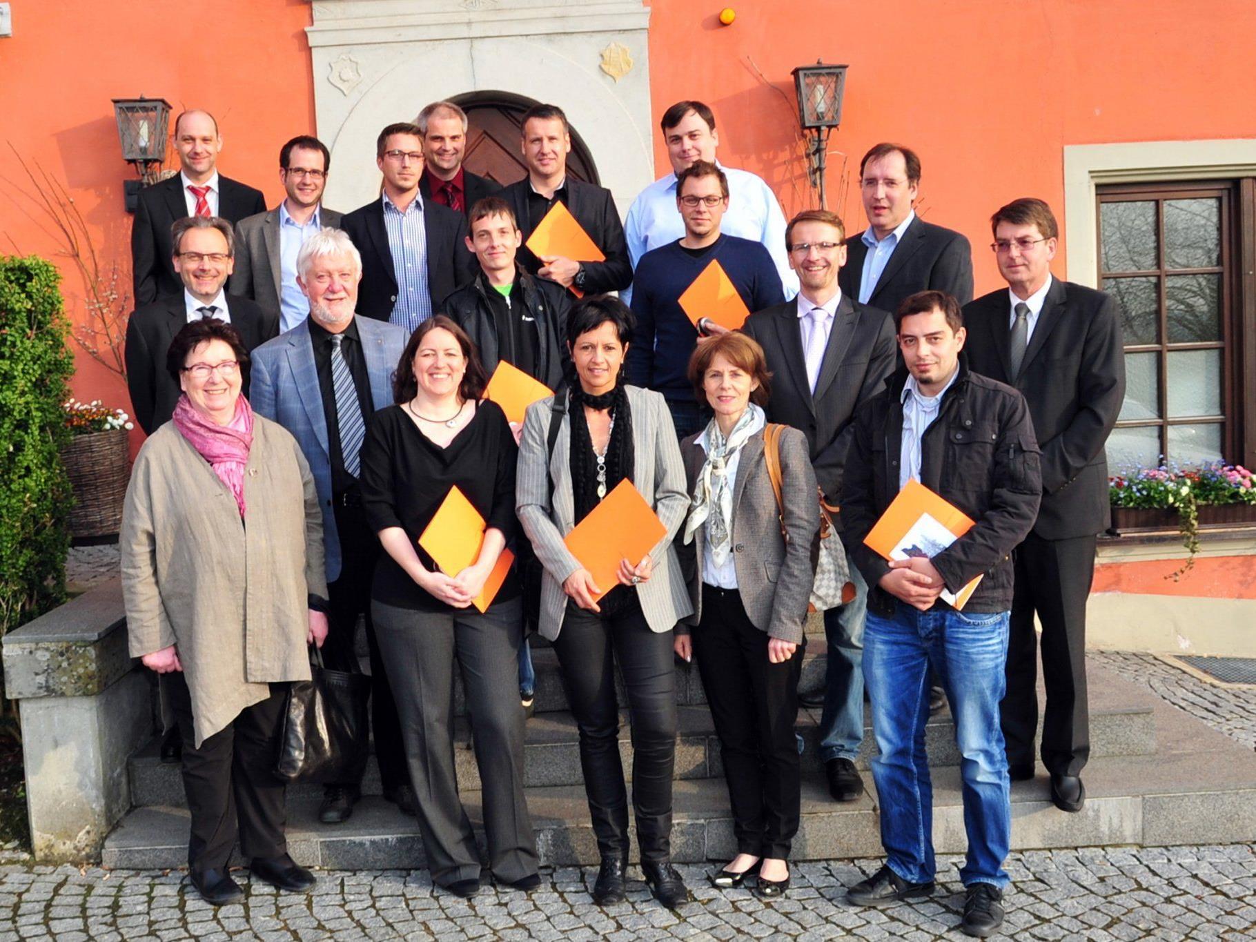 """14 TeilnehmerInnen erhielten die akademische Bezeichnung """"Akademische/r Controller/in""""."""