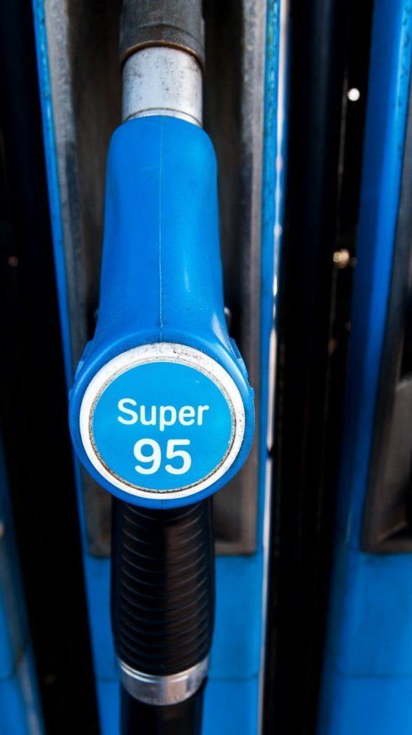 """EU-Dieselsteuer - Es """"drohen"""" 1,5 Cent/Liter Mehrkosten ab 2018."""